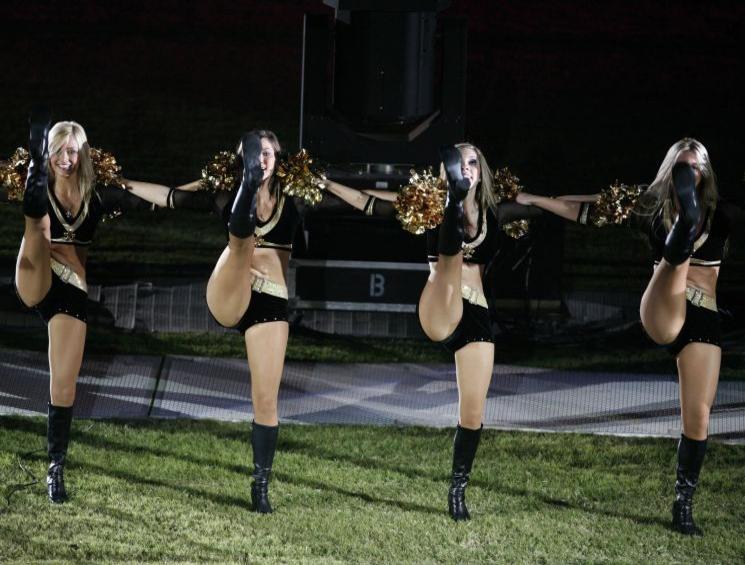 cheerleadersneworleans.jpg